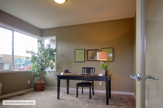http://www.roomsolutions.com/about-room-solutions-portland-home-staging.html