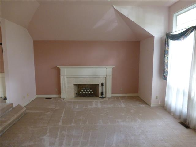 Pink room before staging by Room Solutions