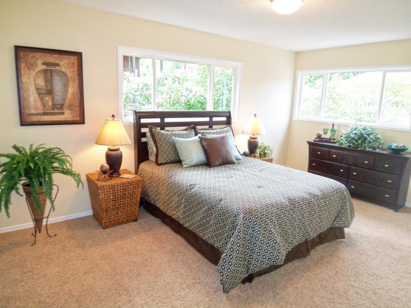 Real estate home staging Portland OR by Room Solutions