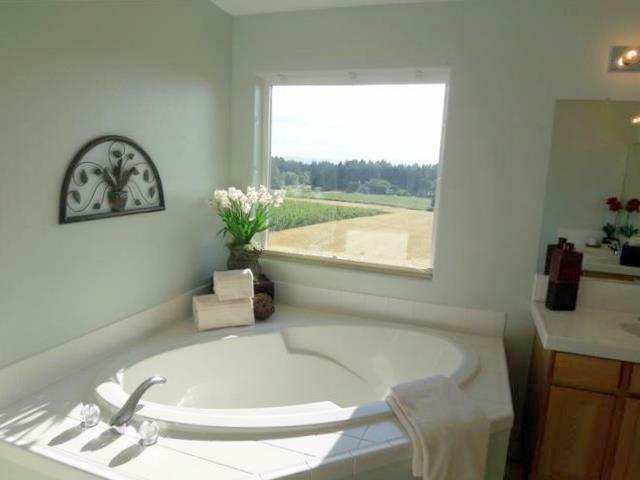 room solutions home staging tigard OR