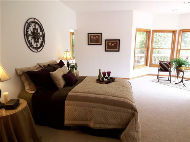 home staging company Happy Valley OR Room Solutions Staging