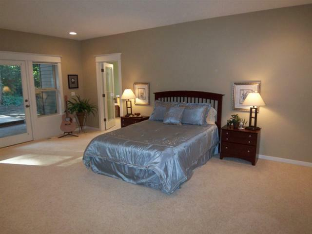 Room Solutions Home Staging Portland Oregon Maureen Bray real estate stager
