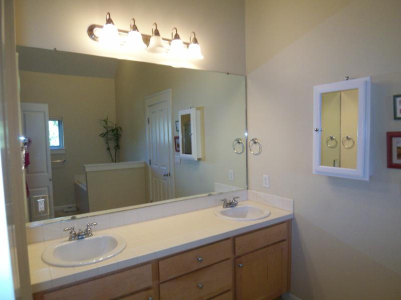 Update Your Master Bathroom On A Budget Whether Youre In Portland - Bathroom updates on a budget
