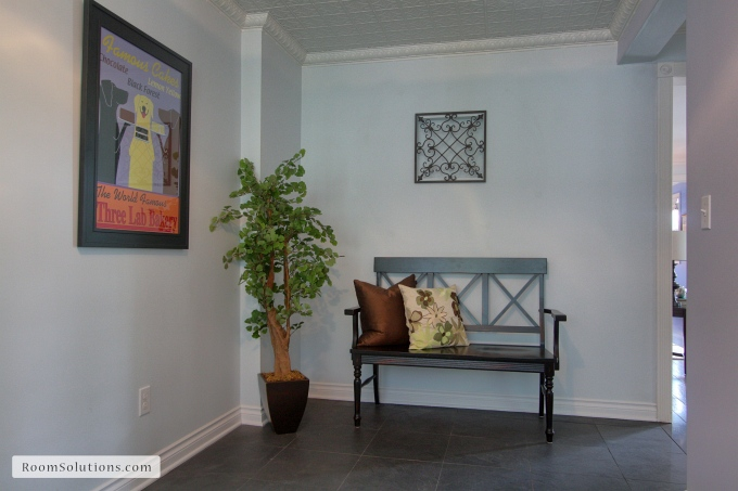 http://www.roomsolutions.com/portland-home-staging-services.html