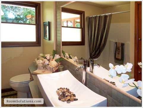 Bathroom Home Staging in Portland Oregon